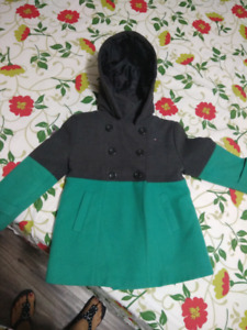 Girl jacket 4t very good condition