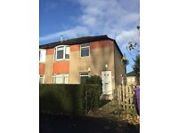 2/3 Bedroom spacious upper cottage flat Cardonald