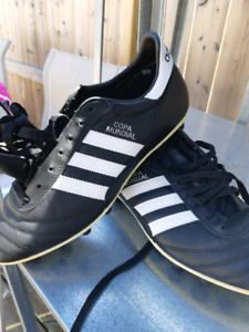 Cops Mundial Leather Soccer Boots
