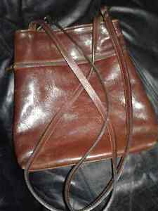 LEATHER SHOULDER BAG Kingston Kingston Area image 1