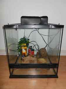 2 Reptile / Snake Tanks / Includes Accessories