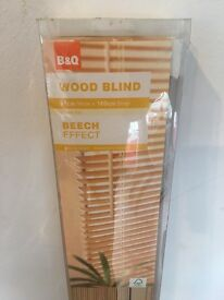 B&Q Wooden Blind Beech Effect 91x160cm