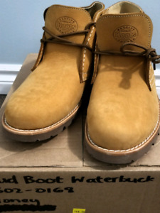 [Brand New] Roots Bud Boot Waterbuck