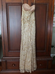Excellent Condition Grad or Formal Dress (size 6)
