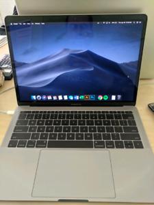 2018 Macbook Pro - 8gb RAM - 126gb SSD