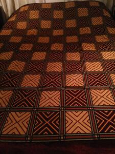 Velvety cover / blanket / throw Kitchener / Waterloo Kitchener Area image 1