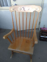 Swinging Wooden Chair - Old Style