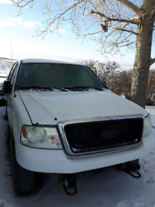 2004 Ford Lariat Supercrew F150 4X4 for Parts