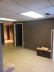 SE YEG (Strathcona County) INDUSTRIAL BAY + OFFICE FOR LEASE