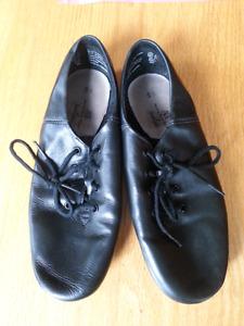 black leather jazz shoes size 5 1/2