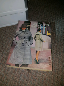 VINTAGE 1974 Eaton's Fall and Winter catalogue