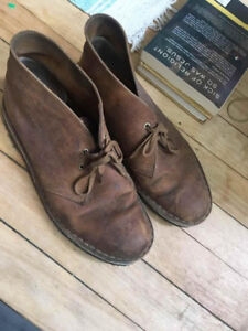Clarks Women's Desert Boot - Size 8.5 US