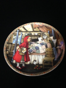 Knowles Little Red Riding Hood plate