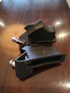 Britax infant seat adaptor for Baby Jogger stroller