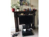 Samsung 24 inch TV with stand for sale