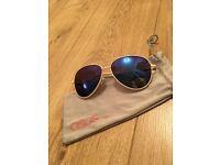 Asos blue mirrored lens aviator sunglasses with white/cream frame