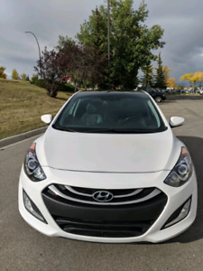 2013 Hyundai Elantra GT SE, Low Klm, panoramic sunroof