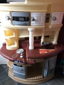 Little tikes play kitchen in excellent condition only £30