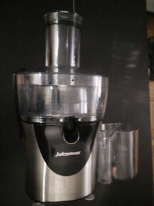 Cuisinart 600W  blender, 6 speed, Model : SPB-10 CH