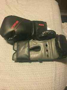 2 new century boxing gloves  Kitchener / Waterloo Kitchener Area image 2