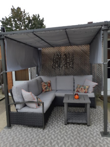 Gorgeous AND comfortable outdoor seating with a pergola!!!