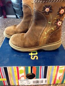 Stride Rite - Toddler Girls Boots - Size 9.5