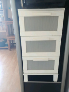 Small 3 drawer stand