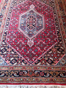 Handknotted Middle East Rugs