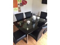 Harvey's Boat Dining Table with 6 chairs