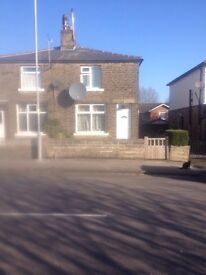 2-BED SEMI TO-LET (BD7 2PD)