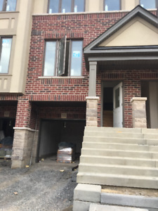 New Built 3+1 Bdrms mordern townhouse Ancaster near 403