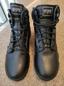 Magnum patrol boots