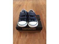Toddler boys converse size 6