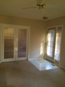Sh/Park 2 Bedroom Suite Available Now Small Pet Considered/fee