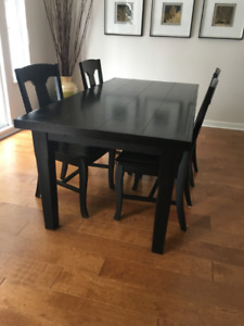 Pottery Barn Table and chairs