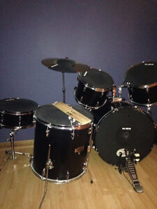 Drum set with sound pads