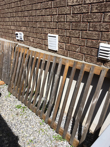 kit of fence for deck.