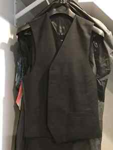 $50 total for 6 new/used once/twice suits. Sizes 40/34 & 42/36 Oakville / Halton Region Toronto (GTA) image 9