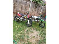 2 X pit bikes