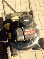 Tondeuse de marque Yard machine pour bricoleur