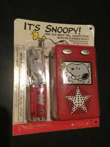 Snoopy Portable FM Radio - Collectable