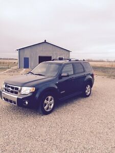 2008 Ford Escape limited, must sell