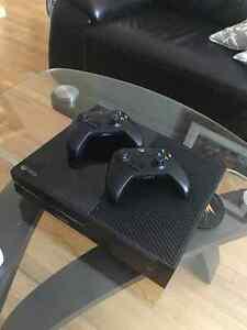 Xbox One a vendre avec jeux inclus