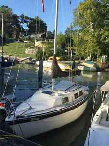 Sailboat, sleeps 5