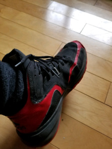 Dwight Howard 6s basketball shoes