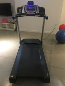 Treadmill very good condition $350 or near offer