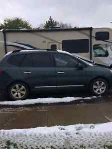 2009 Kia Rondo EX rear DVD 3rd row 7 seats