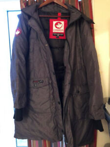 BRAND  NEW!! Ladies Canada Weather Gear Down Filled Parka