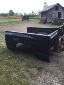 Boite de camion dodge