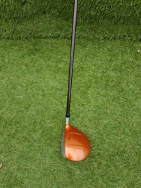 Taylormade titanium firesole lefthanded driver.